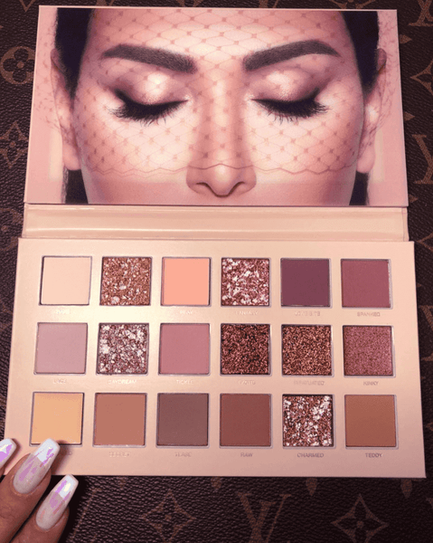 Huda Beauty Nude Palette