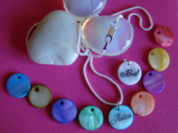Engraved Mother Of Pearl Shell 15mm Round Circle Colored Custom Name Pendant