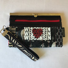 WI Woman Wallet Deluxe, Barbz.net