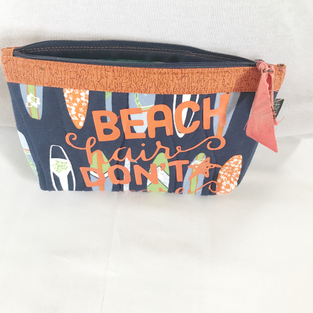 Make up bag-Cosmetic case- beach travel case - Barbz.net
