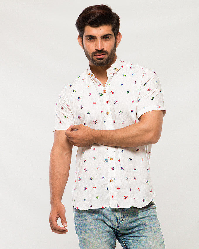 March Multi-Colored Maple Leaves Printed White Soft Linen Shirt with Self-Design in Half Sleeves for Men