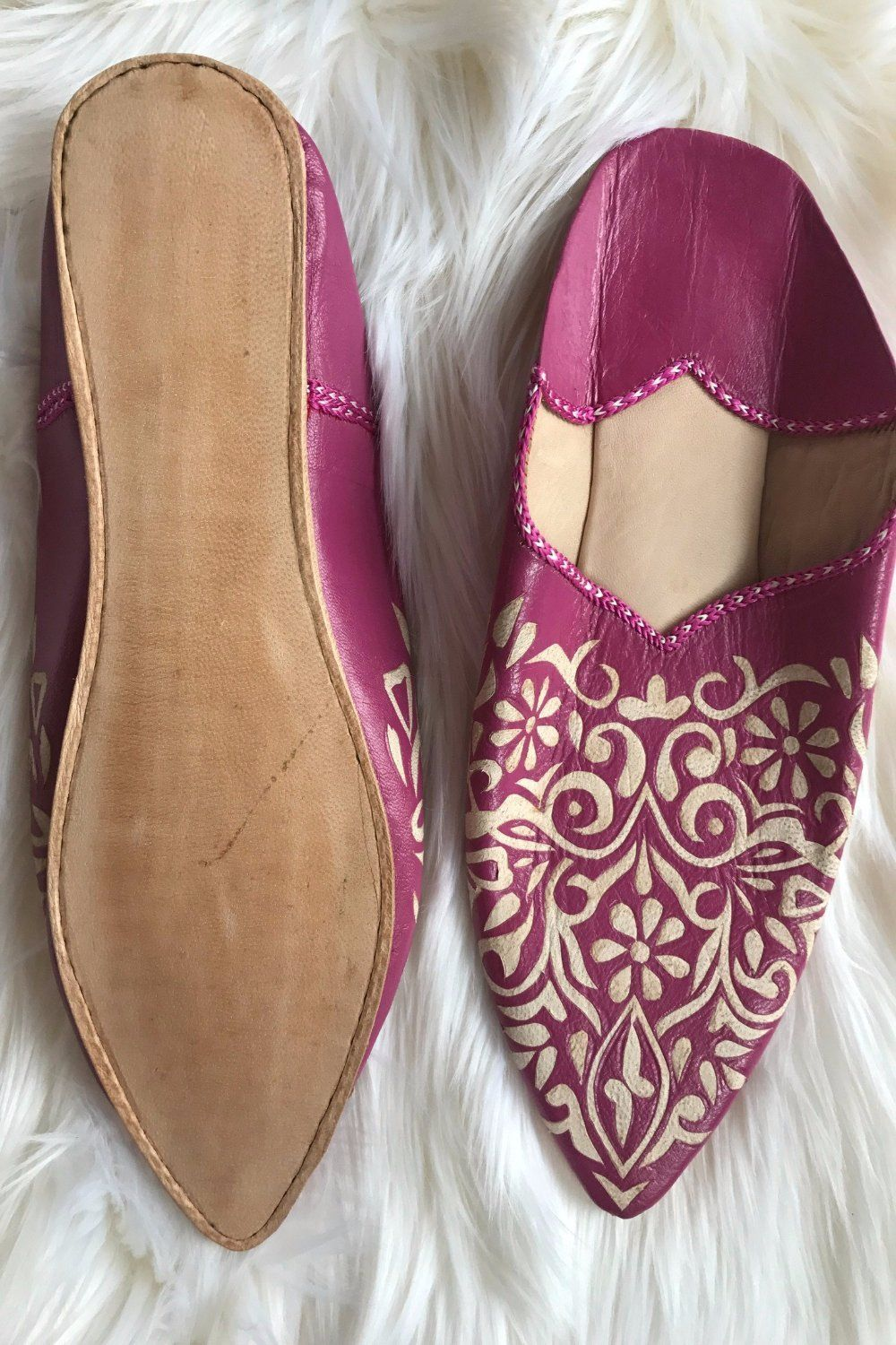 Leather Babouche - Fushia with design size 8.5-9