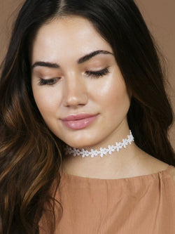 THE CREAM LACE CHOKER