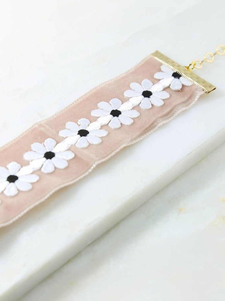 The Dolly Choker