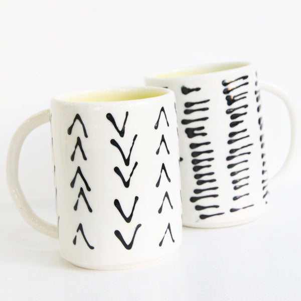 Lines Mug (m) | Mia Rose Schachter - Paperclip Pottery