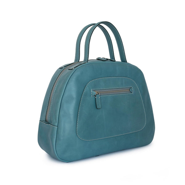 A lightweight and very comfortable bag from Philini Collections. New and in limited editions. Perfect for every day.