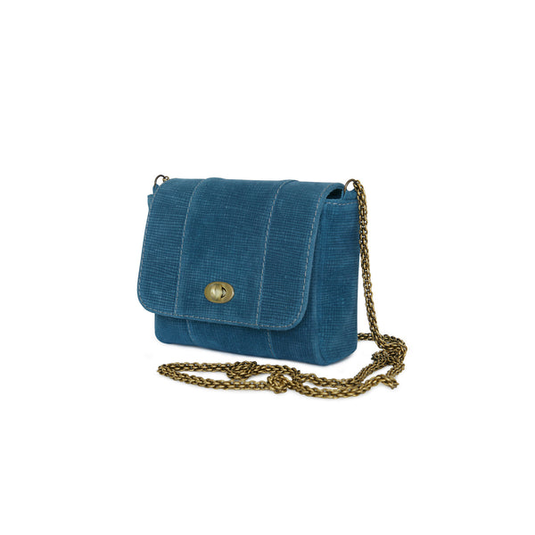 The side look of the crossbody bag Marina by Philini