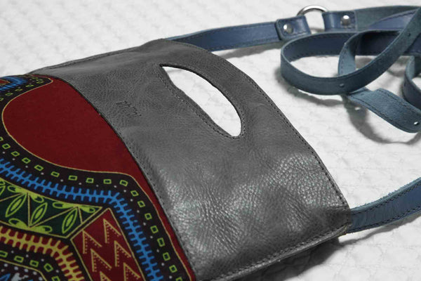 The details of the Ina Bag Philini. African Bag.