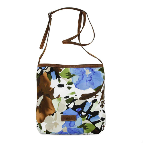 The cotton bag Flora from Philini Collection in combination with brown nubuc leather.
