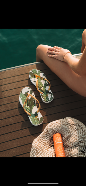 Women's Fashion Collection Flip Flops - Banana Leaf Gold