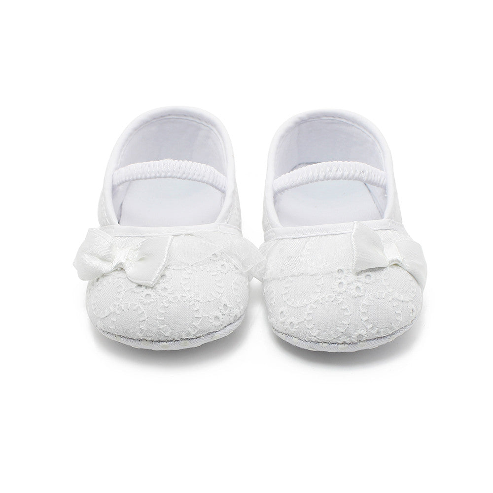 White Lace Anti Slip Shoes With Bow - MunchkinGear.com
