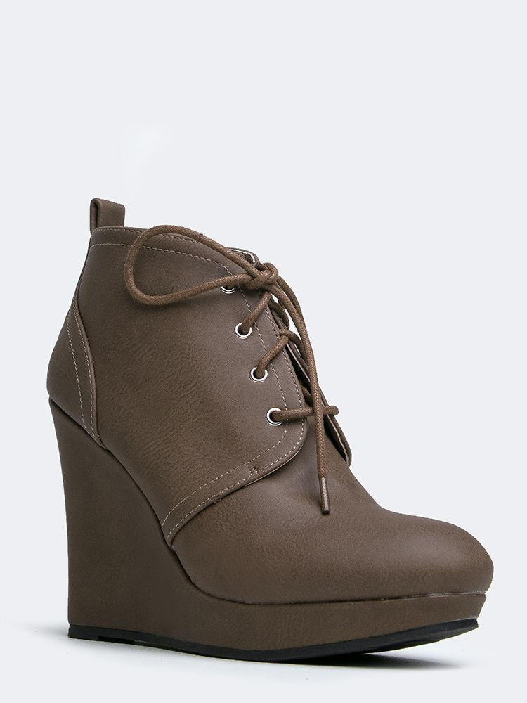 Qupid Val-01 - Taupe Distress Nubuck PU