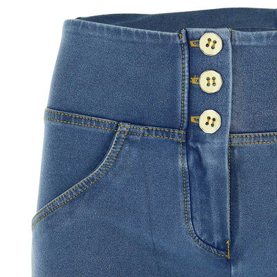 LIGHT DENIM 3 BUTTONS REGULAR HIGH RISE