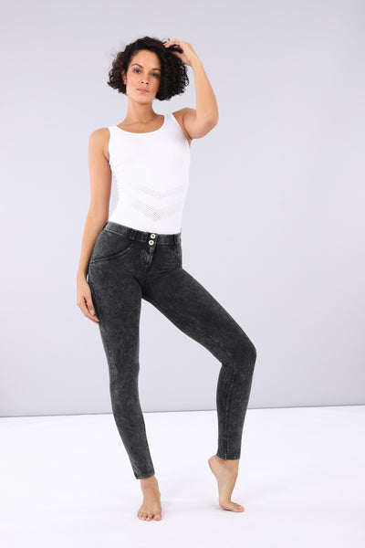 BLACK DISTRESSED EFFECT SKINNY MID-RISE