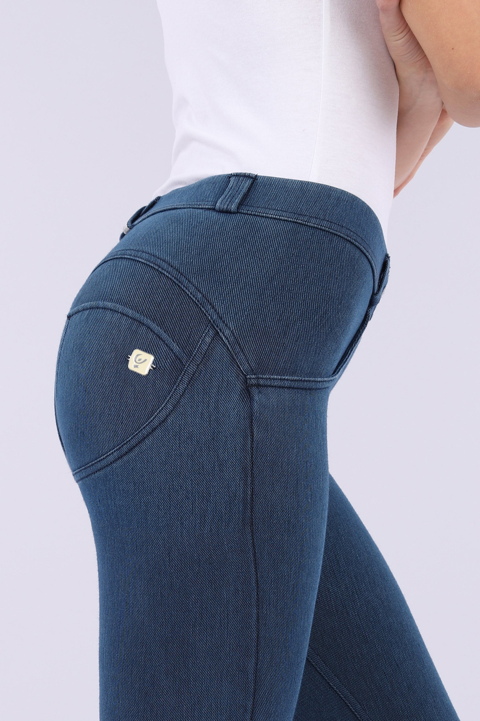NEW DARK DENIM EFFECT JEGGING MID-RISE