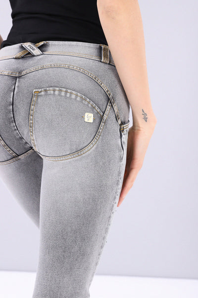 DIAMANTE DETAIL GREY DENIM 7/8 ANKLE  MID-RISE