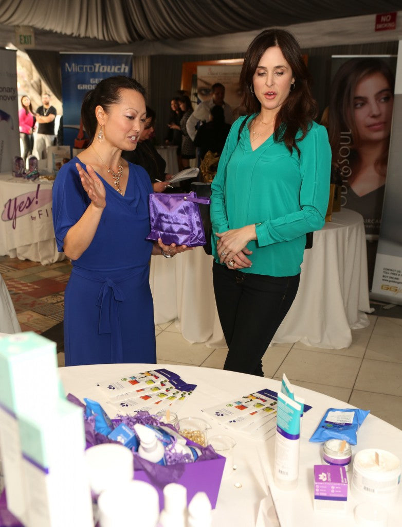 Jenn shares derma e®, and Danielle Bisutti takes it all in