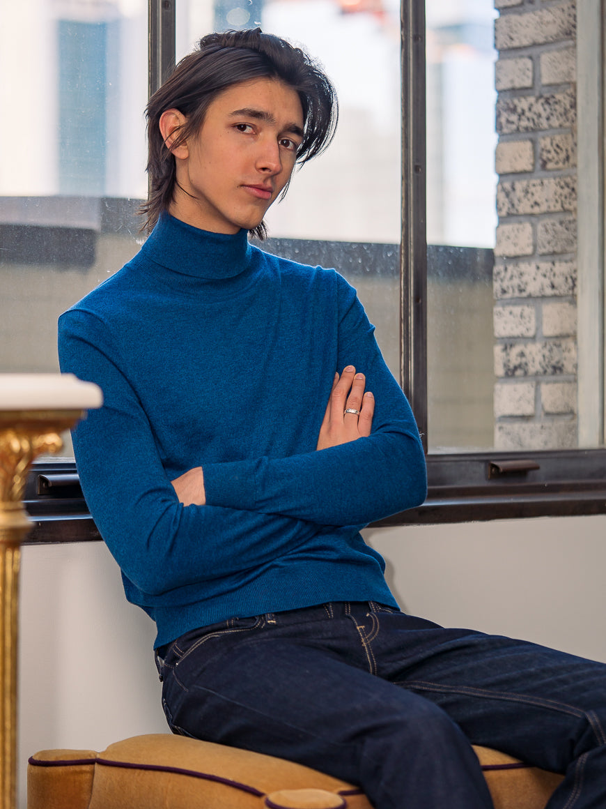 Fine Gauge Turtleneck - Blue Lagoon