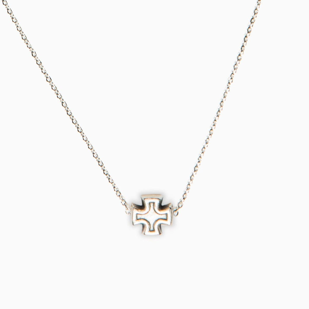 Faith Petite Necklace in Silver