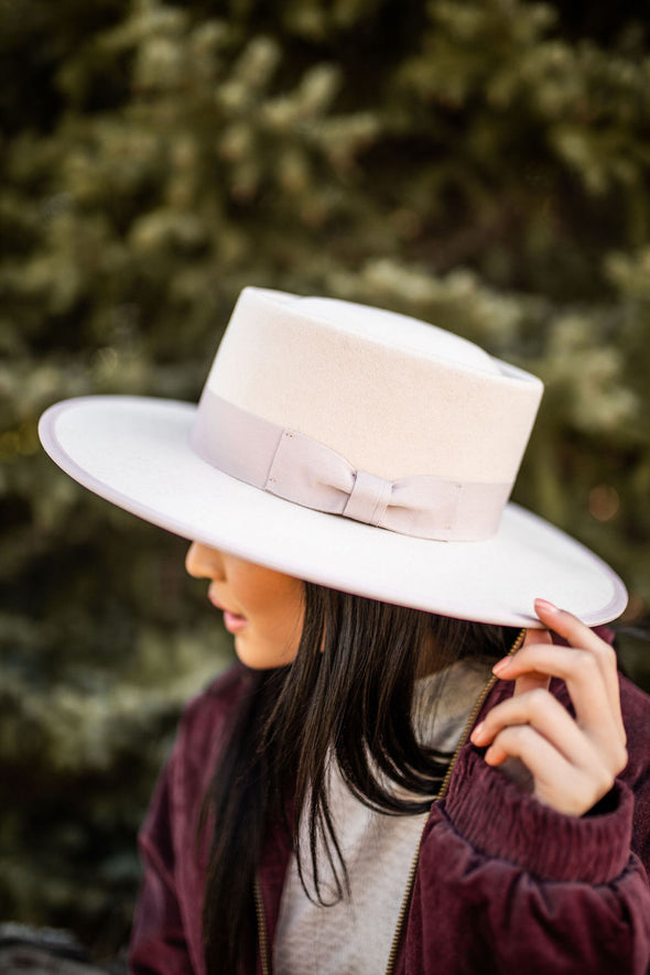 Sedona Boater Hat in Blush - Robbie + Co.