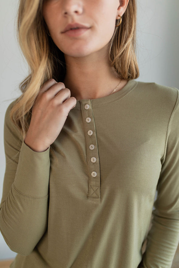 Fresno Henley in Olive - Robbie + Co.