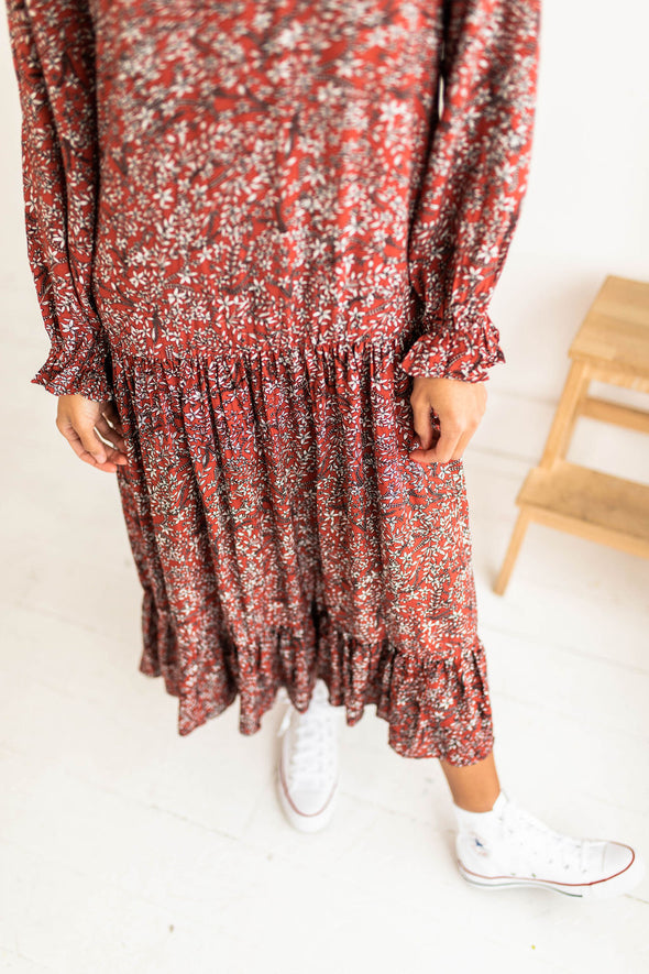 Highlands Floral Midi Dress - Robbie + Co.
