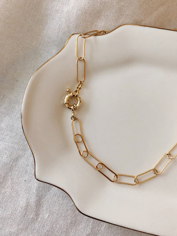 Modera Necklace