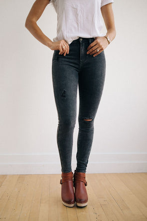 Luther Mid-Rise Skinny Jeans in Washed Black