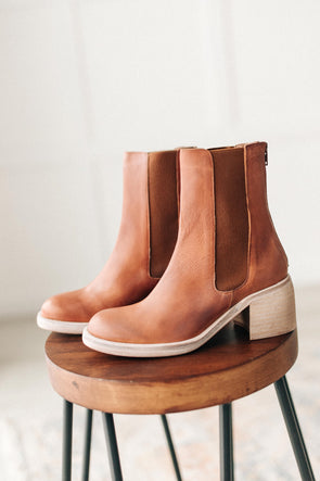 Free People Essential Chelsea Boots in Whiskey