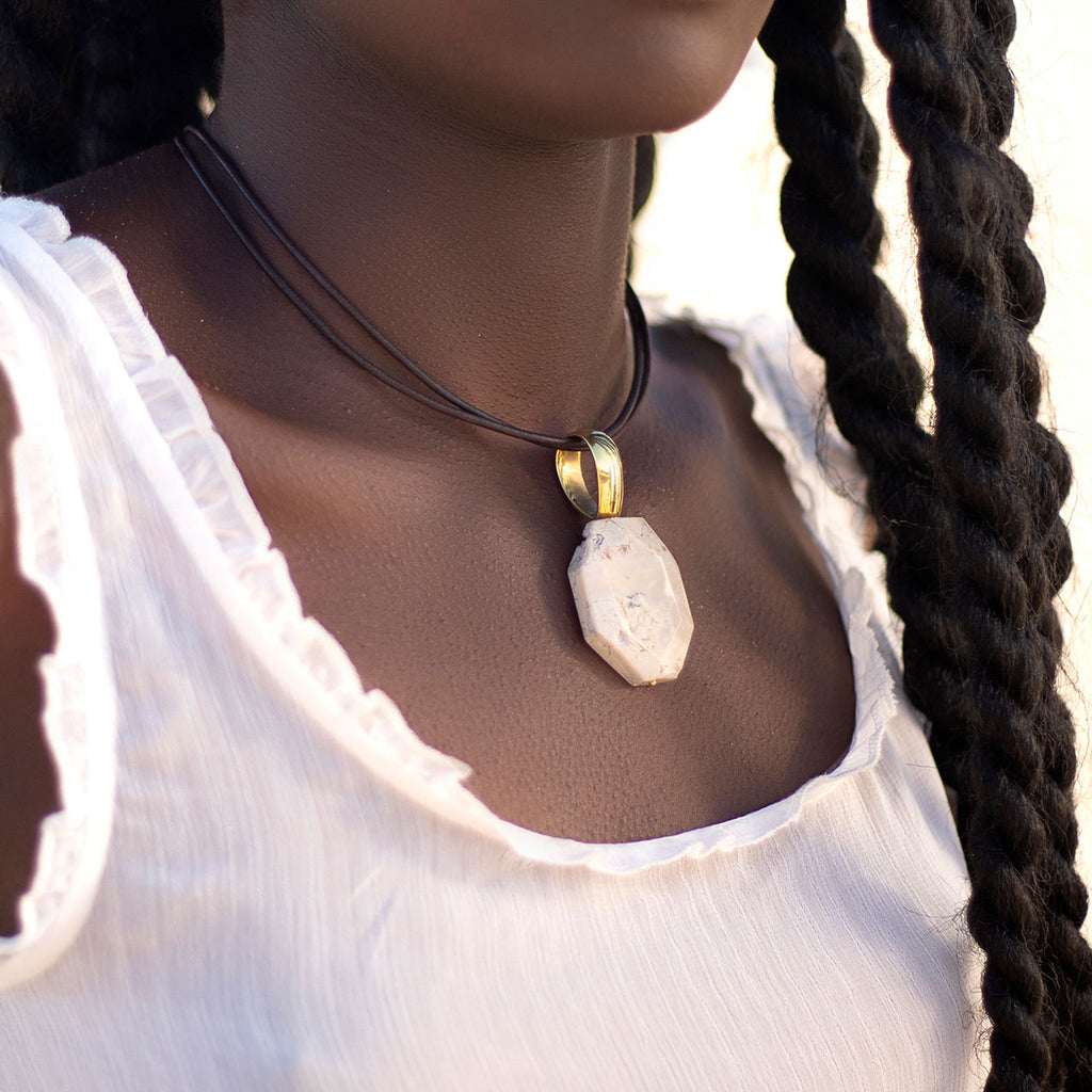 Ibamba Pendant Leather Necklace (A2777)
