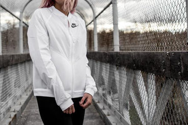 WOMEN S/S 2016 NIKE APPAREL