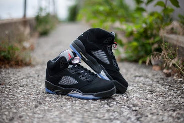 Nike Air Jordan 5 Retro 'Black/Metallic'