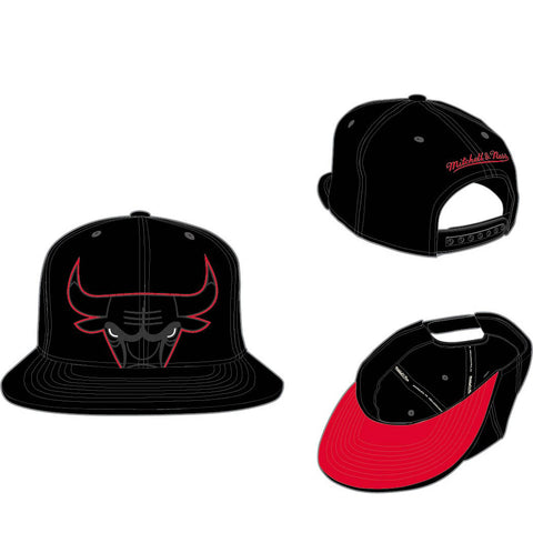 MITCHELL & NESS - CHICAGO BULLS CROPPED XL SNAPBACK - BLACK -Ateaze USA