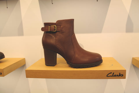 clark's shoes brown boots