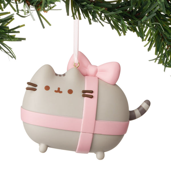 Pusheen Gift Wrapped Vinyl Orn