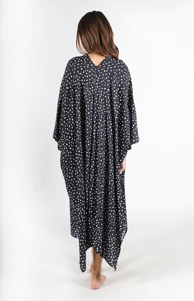 Yasmine Coverup | Black Dot
