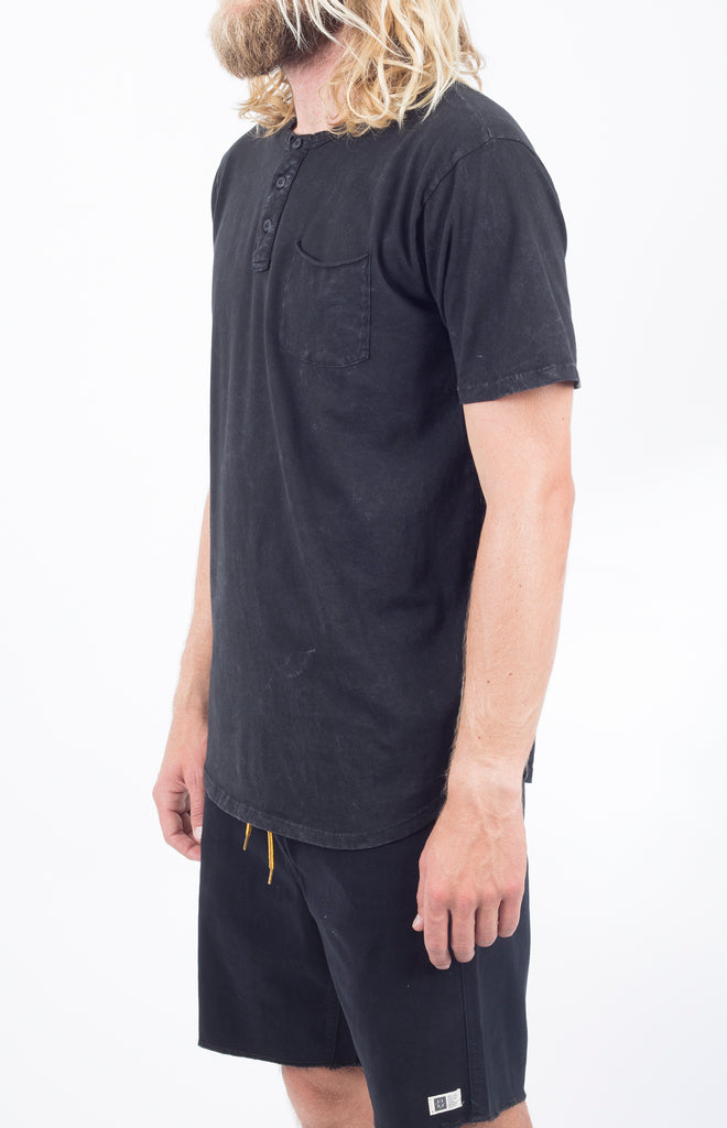 Benny SS Henley | Mineral Black