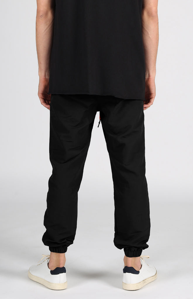 Full Court Nylon Jogger | Black