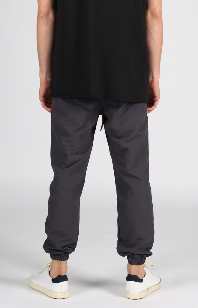 Full Court Nylon Jogger | Charcoal