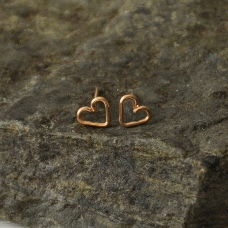 rose gold heart shaped studs