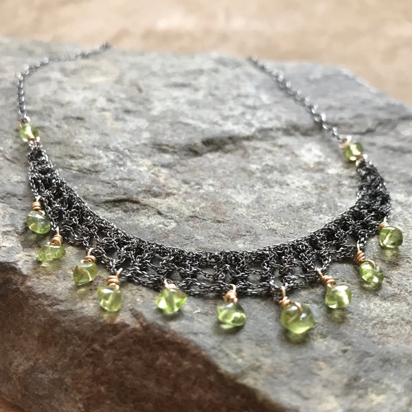 peridot crochet necklace close up
