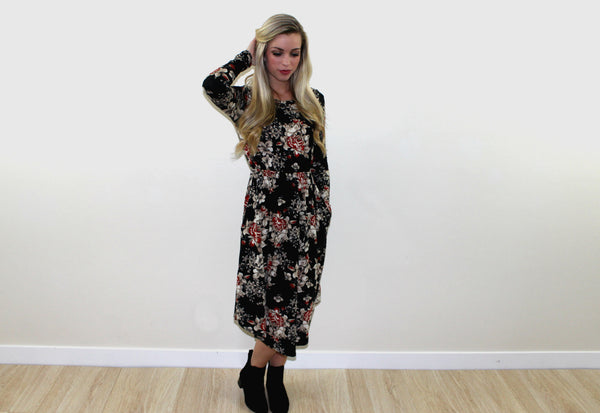 Hunter Floral Dress in Black