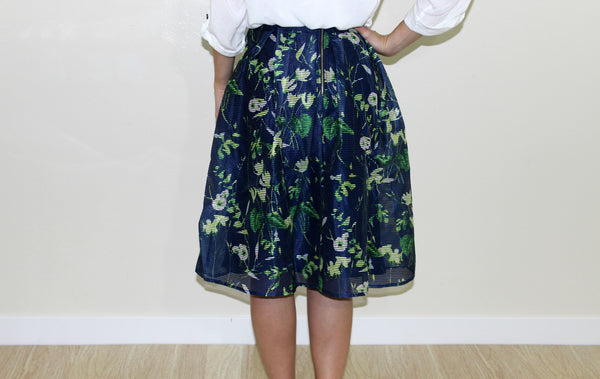 The paisley pleated midi skirt