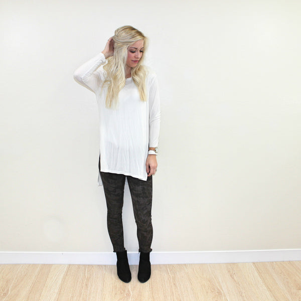 Lucy Long-Sleeve Tee in White