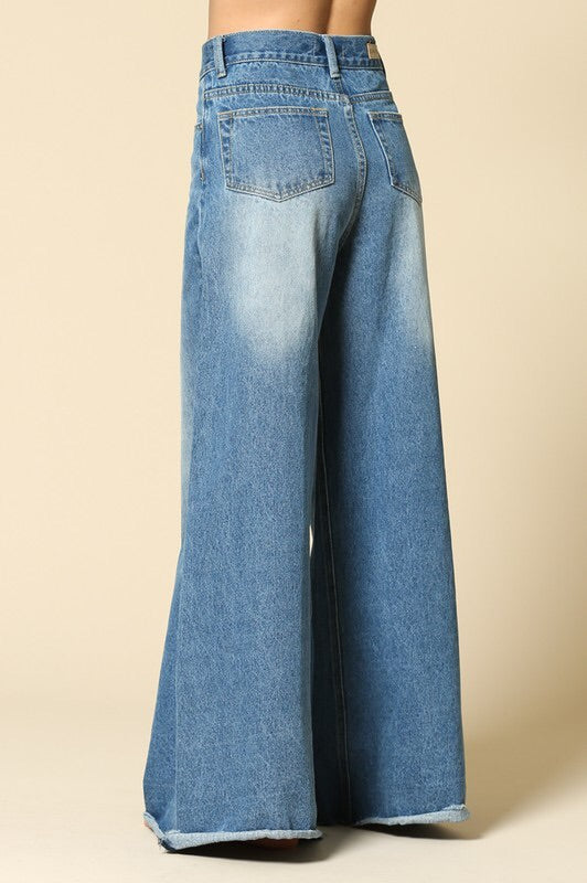 Willow Flared Jeans