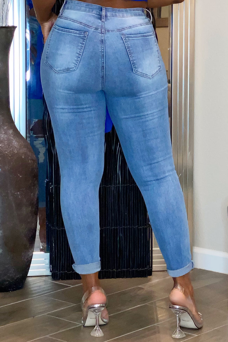 Ramona Pretty Good Distressed Jeans