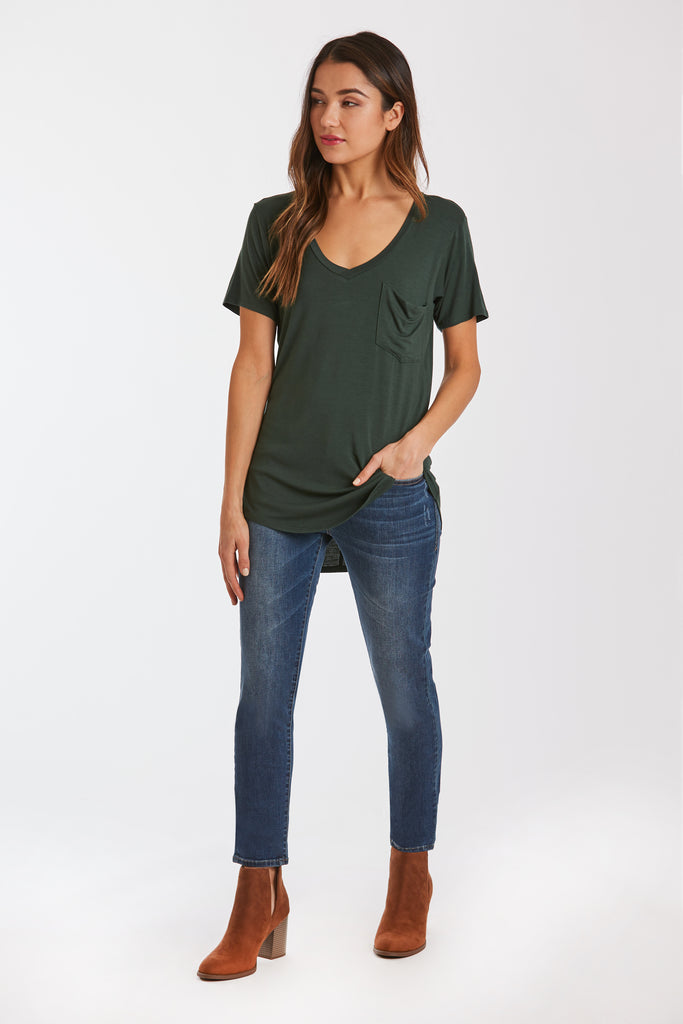 PHOENIX POCKET VNECK TEE HUNTER GREEN
