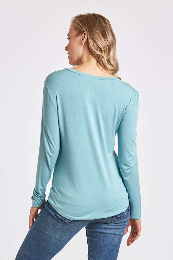 MOLLY VNECK TEE CLOUDY BLUE