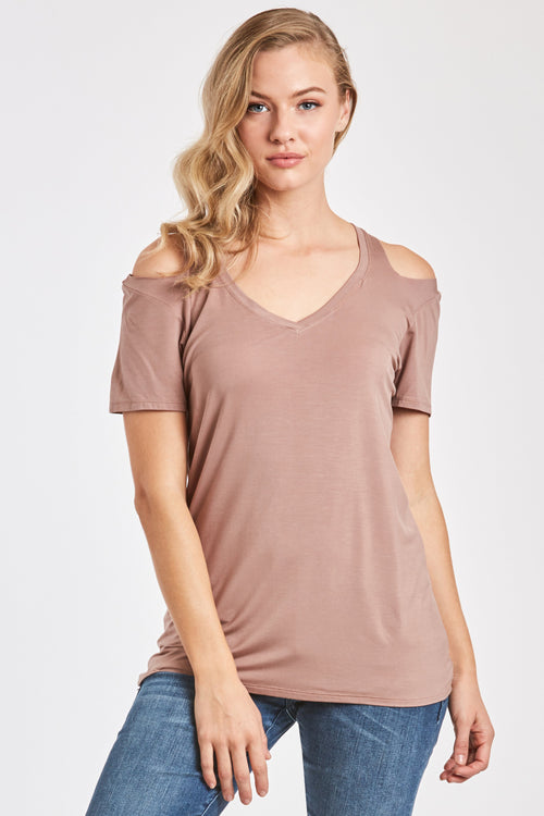 ANIA CUT OUT SHOULDER TEE LIGHT MOCHA