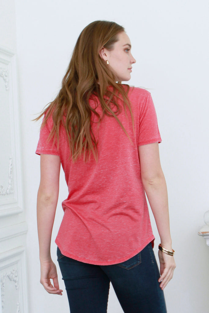 PHOENIX VINTAGE WASHED V-NECK SCARLET